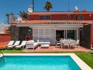 Superb Villa at the Beach Front Veril Playa