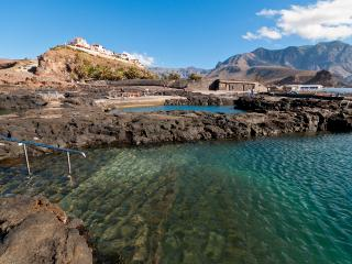AGAETE Beach House at volcanic natural pools front