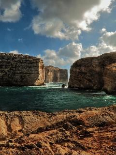Incredible Dwejra Bay Cliffs in Gozo