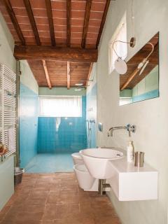 la CasA sul SentierO: il Fienile. Bathroom. The water room.