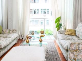 Nice bedroom available in Copacabana (habitacion), Río de Janeiro