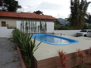 Apartamento (AP-03) 2 Cuartos -Playa-Florianópolis-