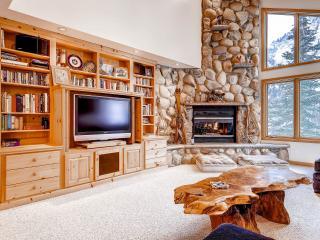 Wildcat Chalet Living Room