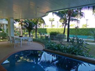 Ocean's Edge apartment Luxury holiday living, Pattaya