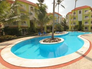 Palm Suites - A3 - Walk to the Beach!, Punta Cana