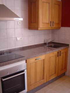 Bad photo! well equipped kitchen, dishwasher, full cooker, fridge, freezer,  granite worktops, etc