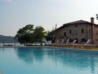 San Martino - a lakeside farmhouse