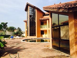 Cape Residence 2 bed apartment, Bakau