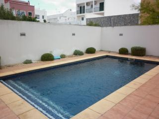 Bonito Apto. centro Ciudadela 4-5 personas-piscina