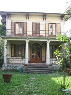 Intera villa a Montecatini Terme