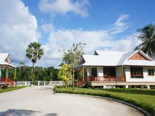 Brand new* Beach house2 holiday rental in Phangnga