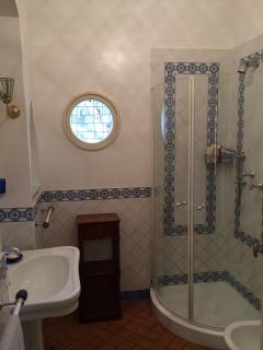 VILLA MIMOSA bathroom 2