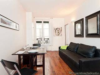 Trendy Marais Flat One Bedroom - ID# 224, Parijs
