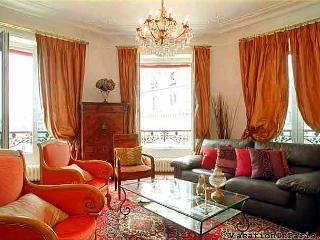 Montorgueil Luxury 2 Bedroom Apartment, Paris