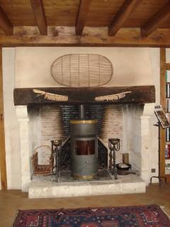 Gîte | premier étage [cheminée avec insert à bois]