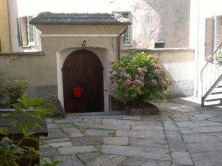 Casa Olmi- apartment Lago di Como, Castiglione d'Intelvi