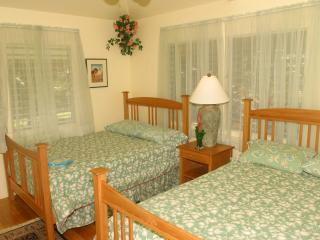 Manu Room with 2 Double Beds