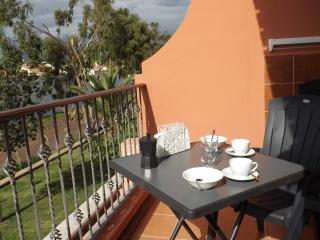 Feel the sun!! Fully equipped+Wifi+Garage+3 pools, Costa del Silencio