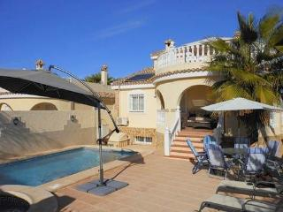 (488) Casa Juana (1) 6 beds large pool air-con Wi-Fi short distance to amenities
