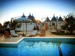 Trullo Azzurra with pool nestling in Valle d'Itria, Cisternino