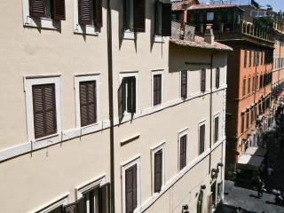 Leonardo Da Vinci Apartment 407