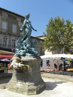 Limoux - market day on the Place de la République