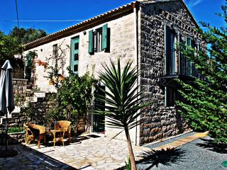 myPaxos Villa rental