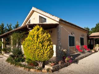 Cozy and comfortable country villa near the sea, Partanna
