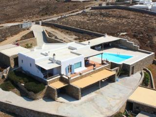 Villa Aegean Dream, Tourlos