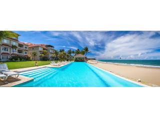 Direct beachfront with stunning ocean view- 4 bedr, Cabarete
