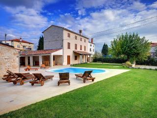 TH00356 Villa Moncalvo, Bale
