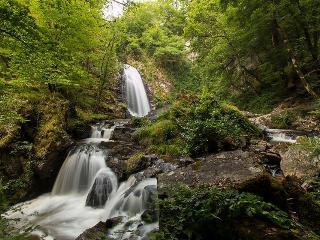à 6km, les cascades de Murel