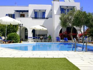 Ikaros Studios & Apartments, Ciudad de Naxos
