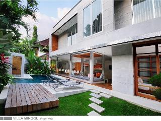 Minggu 4BR Luxury Villa, Seminyak