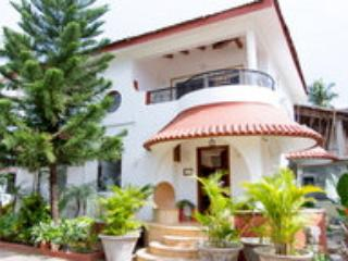 Beach Touch 3 Bedroom Villa In Candolim North Goa, Bhedaghat
