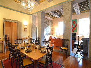 Amazing Piazza di Spagna Golden Apartment 3 Bed-3 En-suite Throughout A/C-WiFi