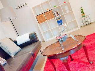 Modern apartment just by Las Ramblas, El Gotico, Barcelona