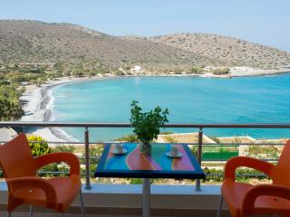 Helios Suite, Seafront Vacation Apartment, Kavousi