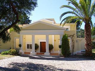 4 Bed Villa with Heated Pool with WIFI-W106