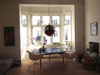 Lovely Copenhagen apartment near Hellerup harbour