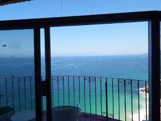 Beautiful Ocean Front Condo  in South Shore, Puerto Vallarta