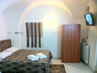 Appartamento per 4 persone con 2 camere al piano terra, Taggia