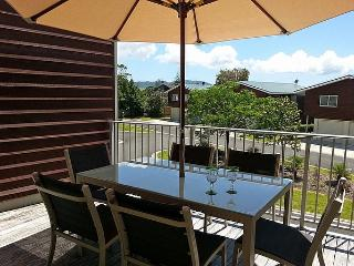Oceans on Eyre - Buffalo Beach Holiday Apartment, Whitianga