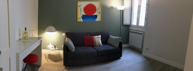 Room 2: sofabed