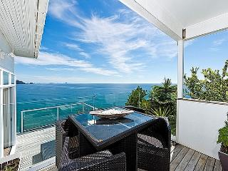 Pacific View on Paku - Tairua Holiday Home
