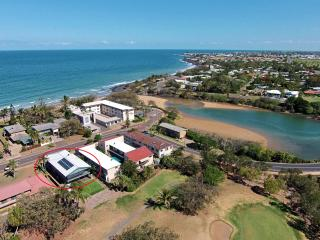 Aerial View. Seagrass between Bargara  Golf  Course and Kellys Beach