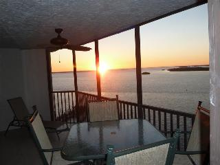 Bay View Tower #1034 - Sanibel Harbour Resort, Fort Myers