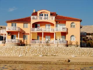 Magnificent flat on Croatian coast, Vidalici