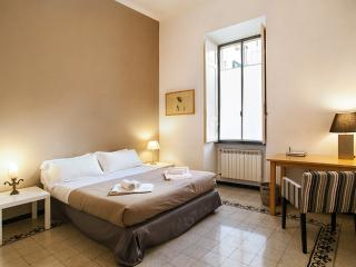 Elizabeth House - 2 bedrooms 2 bathrooms bright apartment in Rome city centre