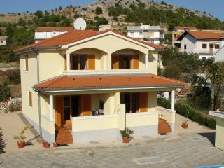Villa Solsikke, Zaboric